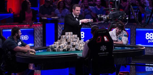 Le Più Belle Foto del WSOP Main Event Final Table