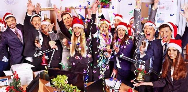 Non Solo Poker: i Migliori Giochi di Carte da fare a Natale