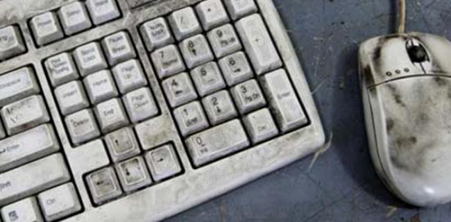 Stufi di Mouse e Tastiera? Strani Dispositivi per giocare a Poker Online