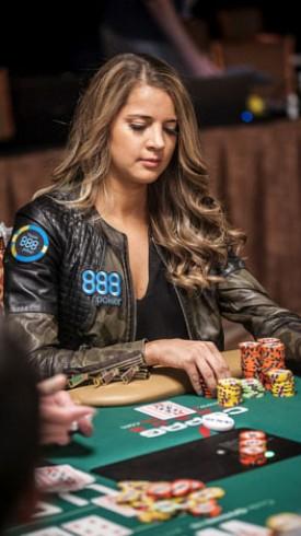 Sofia Logvren WSOP2016