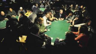 poker live4