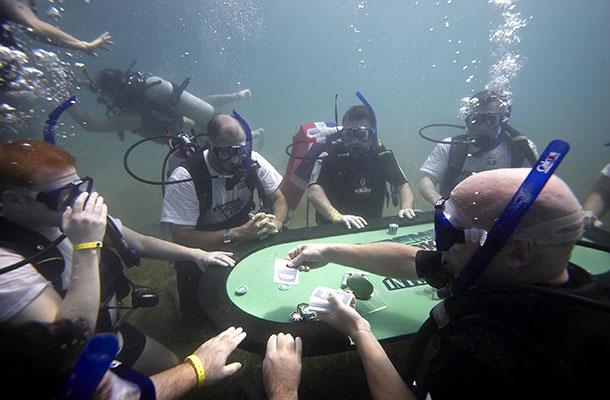 poker estremo sott'acqua